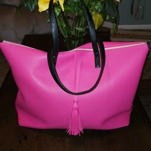 New Juicy Couture Oversized Weekender Tote